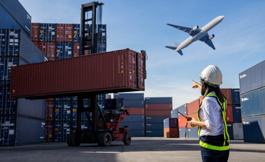 Ủy thác xuất nhập khẩu tại TL Logistics